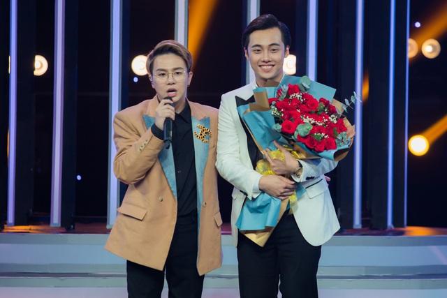 """Long Chun rút khỏi Gương mặt thân quen vì lý do sức khỏe, Hải Đăng Doo """"comeback"""" thay thế - Ảnh 2."""