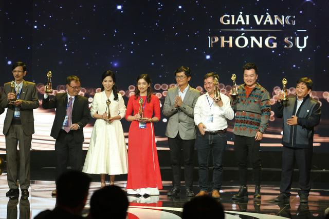 Phóng viên Hồng Anh (VTV Digital): 2 giải Vàng, 1 giải Bạc LHTHTQ cho cùng một ê-kíp là kỳ tích - Ảnh 1.