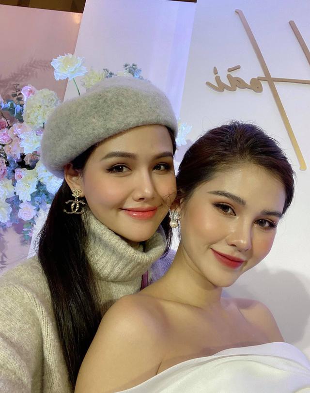 Phanh Lee, Huyền Lizzie nô nức dự đám cưới Thu Hoài trong giá rét - Ảnh 6.