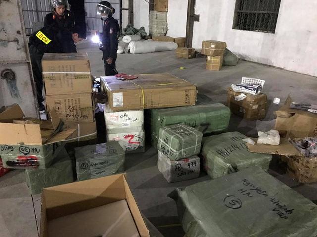 Triệt phá đường dây buôn lậu cực lớn ở cửa khẩu Bắc Phong Sinh, Quảng Ninh - Ảnh 4.