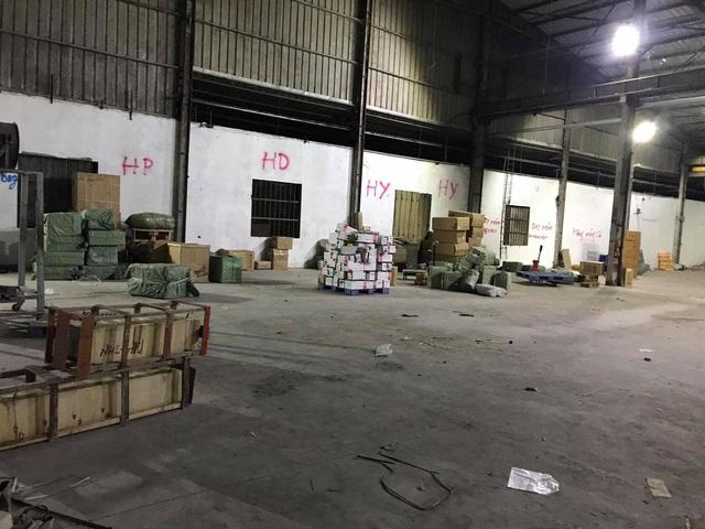 Triệt phá đường dây buôn lậu cực lớn ở cửa khẩu Bắc Phong Sinh, Quảng Ninh - Ảnh 2.