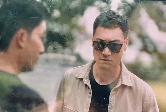 Ngắm vẻ điển trai của diễn viên Mạnh Trường trong phim Hồ sơ cá sấu - Ảnh 4.
