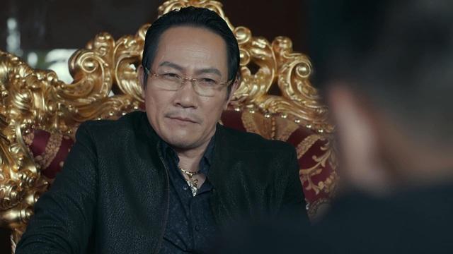 Ngắm vẻ điển trai của diễn viên Mạnh Trường trong phim Hồ sơ cá sấu - Ảnh 1.