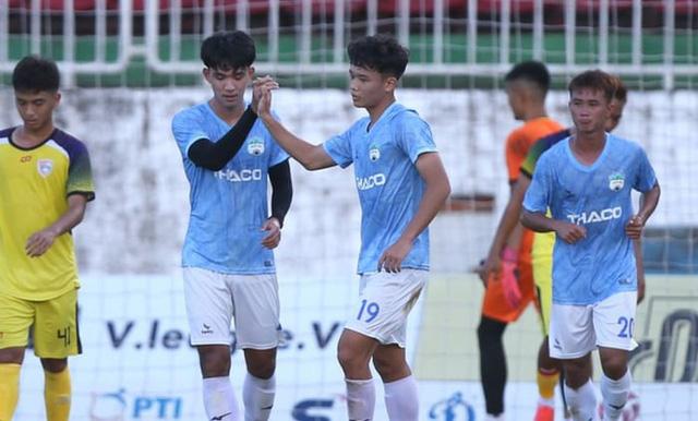 U21 Hà Nội và HAGL cùng gây sốc ở vòng loại U21 Quốc gia - Ảnh 1.