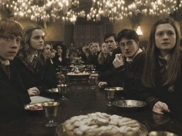 Ngỡ ngàng, tiệm sách như bước ra từ thế giới phù thủy Harry Potter - ảnh 4