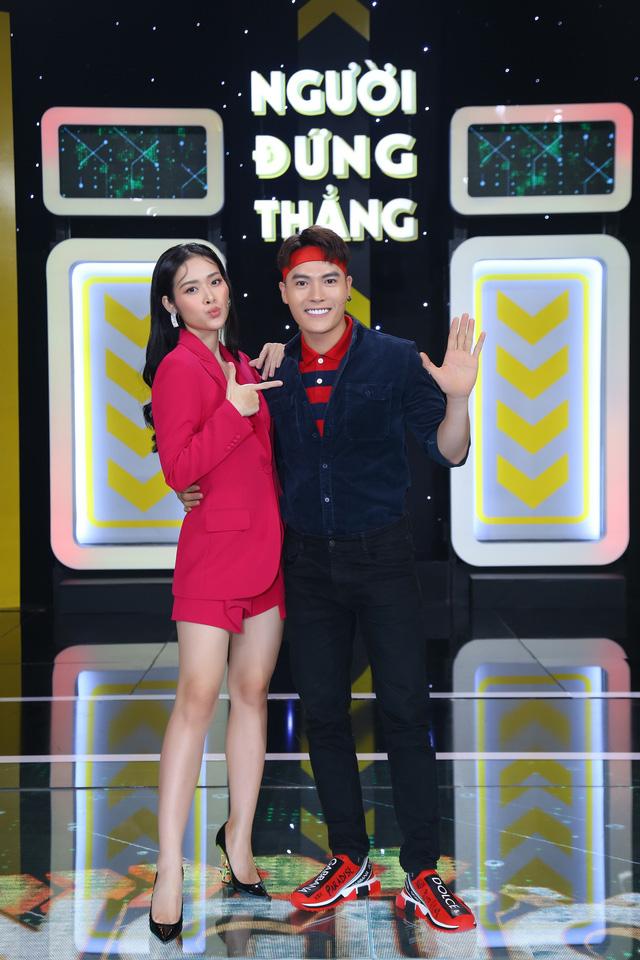 Dương Thanh Vàng tức giận, ném kịch bản ngay trên sân khấu vì Võ Tấn Phát - Ảnh 1.
