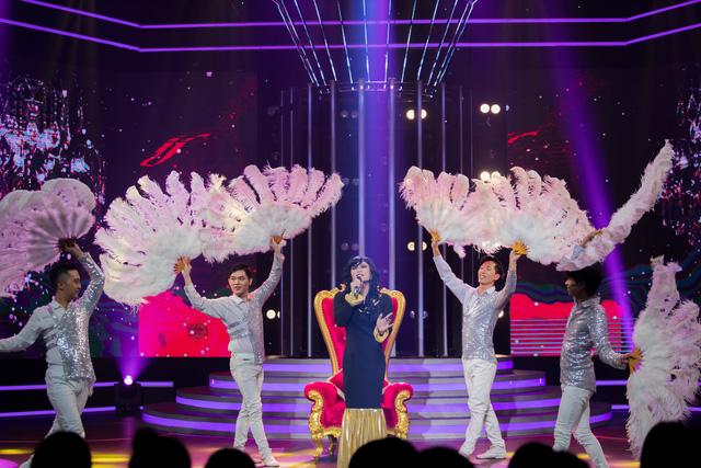 Cara giành nhất tuần lần 2 khi hóa thân thành Donna Summer khiến fan phấn khích - Ảnh 4.