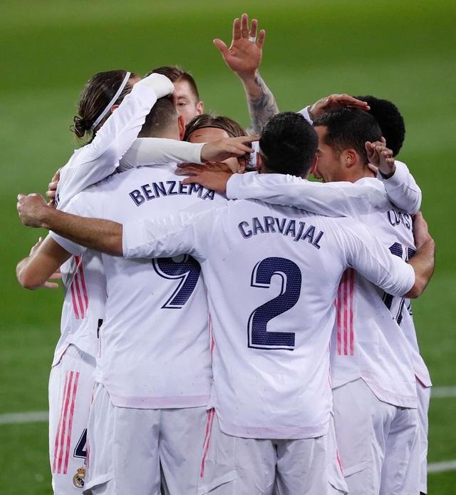 Eibar 1-3 Real Madrid: Kền kền trắng áp sát ngôi đầu với kình địch Atletico - Ảnh 3.