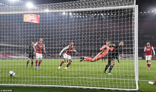 Arsenal 1-4 Man City: Thảm họa Runarsson, mạch trận thất vọng kéo dài! - Ảnh 1.