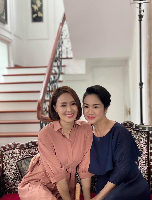 Hồng Diễm và Quỳnh Kool được khen vừa đẹp vừa giống NSND Thu Hà | VTV.VN