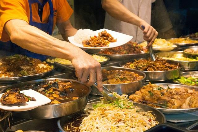 Ẩm thực hàng rong Singapore được công nhận là di sản văn hóa - ảnh 1
