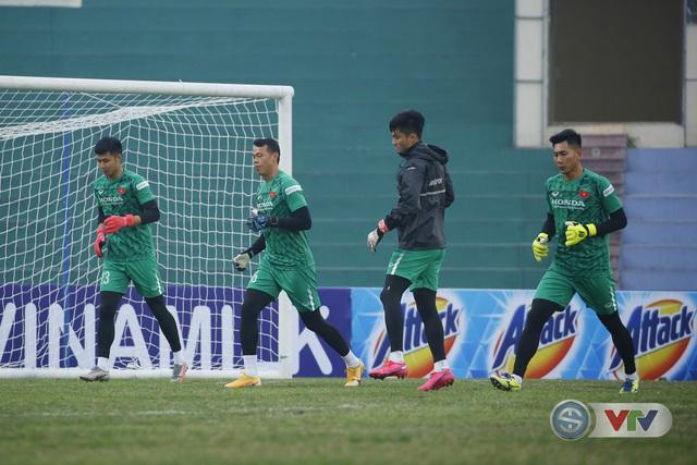 ĐT Việt Nam sẵn sàng đội hình mạnh nhất để đấu U22 Việt Nam - Ảnh 9.