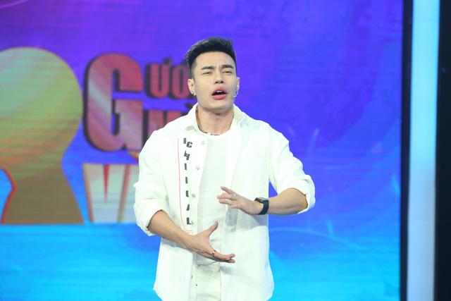 Lê Dương Bảo Lâm cầm trịch Gương mặt vàng - Ảnh 2.
