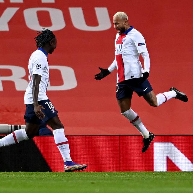Kết quả UEFA Champions League rạng sáng 03/12: Man Utd 1-3 PSG, Sevilla 0-4 Chelsea... - Ảnh 2.
