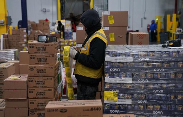 Thị trường việc làm Mỹ vẫn cần hỗ trợ từ Chính phủ - Ảnh 2.