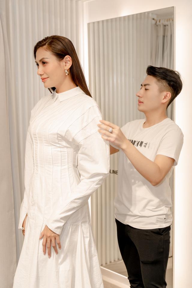 Mâu Thủy, Võ Hoàng Yến khoe trang phục cá tính trước show thời trang - Ảnh 5.