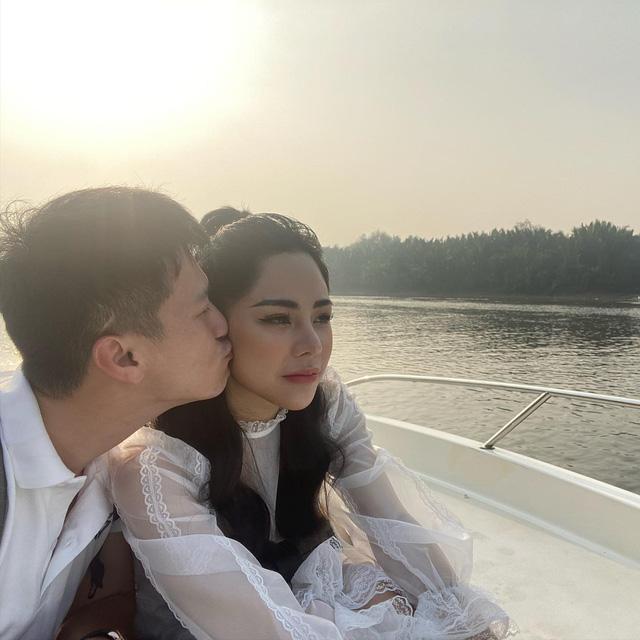 Những sao Việt công khai người yêu trong năm 2020 - Ảnh 6.
