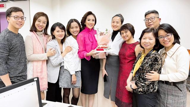 Mai Ngọc chìm trong quà hàng hiệu nhân dịp sinh nhật tuổi 30 - Ảnh 7.