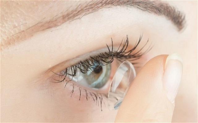 9 mẹo giúp giảm khô mắt cho dân văn phòng - Ảnh 6.