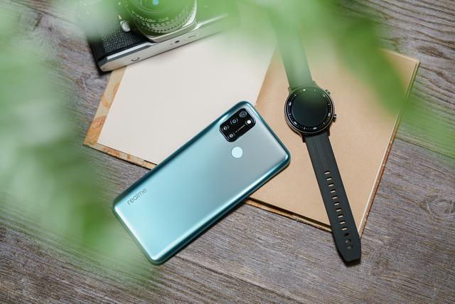 Realme C17 ra mắt: Màn hình 90Hz, pin 5.000 mAh, 4 camera sau, giá hơn 5 triệu đồng - Ảnh 2.