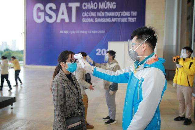 1.200 kỹ sư và cử nhân tốt nghiệp Đại học dự tuyển vòng thi GSAT - Ảnh 1.
