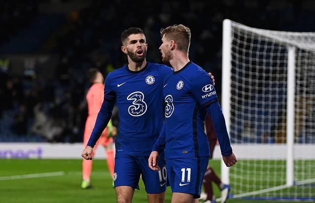 Chelsea 3-1 Leeds Utd: The Blues vươn lên ngôi đầu bảng (Vòng 11 Ngoại hạng Anh) - Ảnh 3.