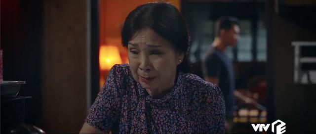 Trói buộc yêu thương - Tập 35: Hóng chuyện Hiếu không phải ruột thịt, vợ chồng Khánh - Dung chỉ lo bị mất hết tài sản - Ảnh 8.