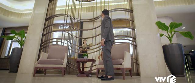 Trói buộc yêu thương - Tập 35: Hóng chuyện Hiếu không phải ruột thịt, vợ chồng Khánh - Dung chỉ lo bị mất hết tài sản - Ảnh 21.