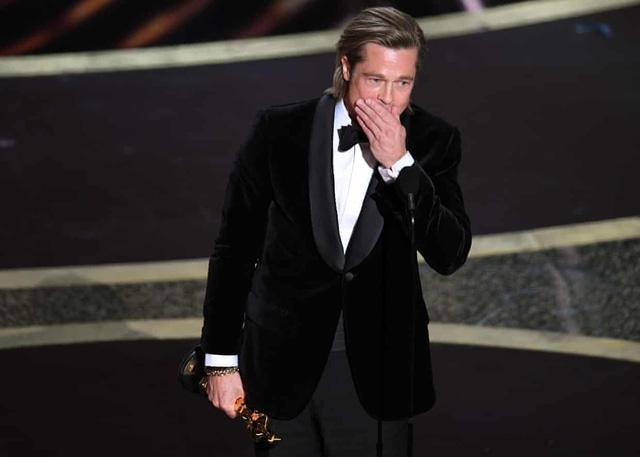 Oscar 2020: Lần đầu tiên giành giải, Brad Pitt xúc động - Ảnh 1.
