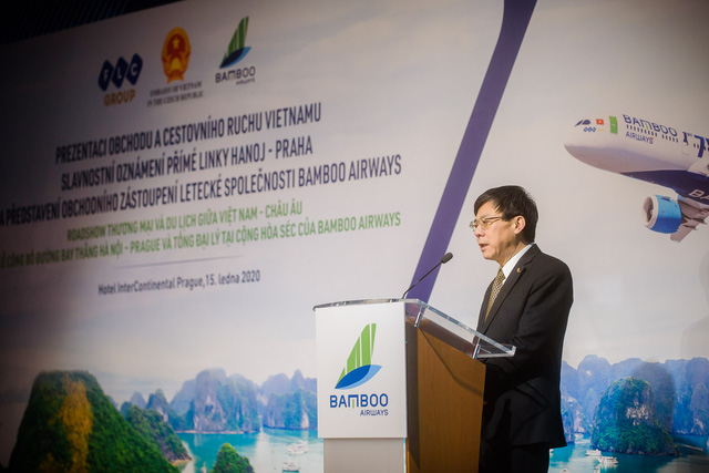 Vietnamese Ambassador to the Czech Republic Ho Minh Tuan shared that the direct flight Hanoi - Prague operated by Bamboo Airways plays a vital role in connecting or national and two continents.