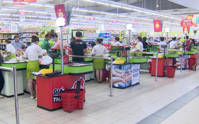 Các cửa hàng kéo dài giảm giá trước Black Friday - Ảnh 1.