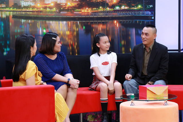 """Nhạc sĩ Yên Lam lo lắng vì """"cuộc sống màu hồng"""" anh mang lại cho bé Bào Ngư - Ảnh 1."""