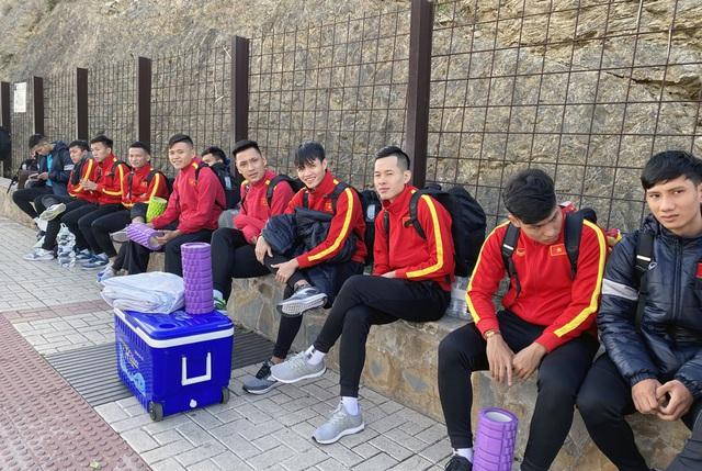 ĐT futsal Việt Nam tích cực chuẩn bị cho trận giao hữu thứ hai tại Tây Ban Nha - Ảnh 1.