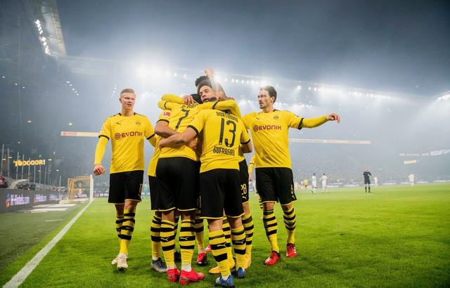 Vòng 22 VĐQG Đức Bundesliga: Dortmund giành chiến thắng thuyết phục trước Frankfurt - Ảnh 4.