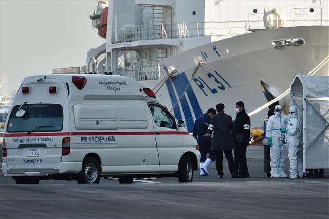 Bị cách ly vì virus Corona, Nhật Bản tặng 2.000 chiếc iPhone cho hành khách trên tàu Diamond Princess - Ảnh 2.