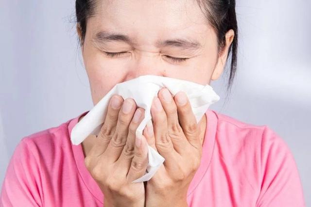 10 triệu chứng cảm cúm thông thường bạn cần biết - Ảnh 6.