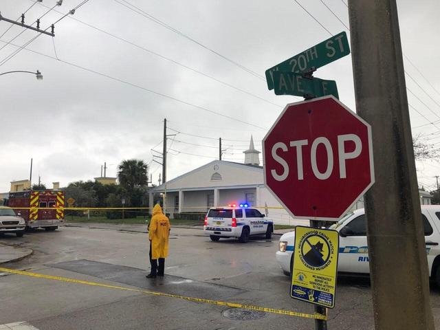 Xả súng tại đám tang ở  Mỹ, ít nhất 2 người thiệt mạng - Ảnh 1.