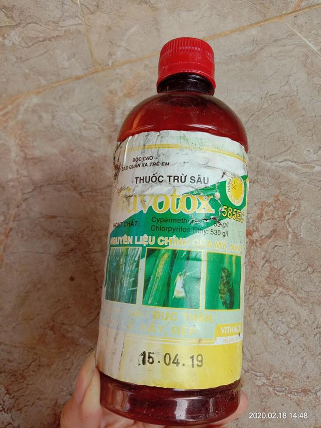 Bé 5 tuổi ngộ độc thuốc sâu và dầu diesel nguy kịch - Ảnh 1.