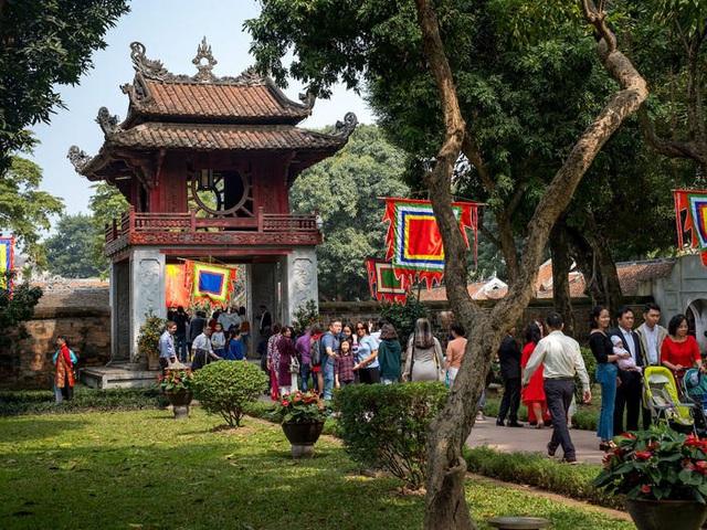 Đối phó với dịch COVID-19: Kịch bản nào cho ngành du lịch Việt Nam? - Ảnh 1.
