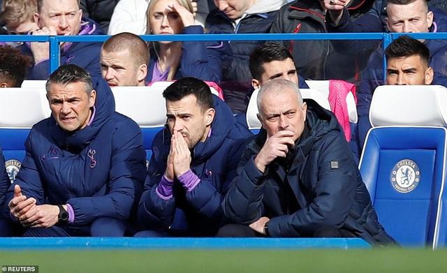 """""""Học trò"""" Lampard lập kỳ tích trước """"thầy cũ"""" Mourinho - Ảnh 3."""