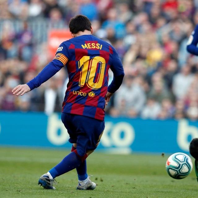 Barcelona 5-0 Eiber: Messi lập poker siêu hạng, Barca chiếm ngôi đầu của Real Madrid! (Vòng 25 VĐQG Tây Ban Nha La Liga) - Ảnh 3.