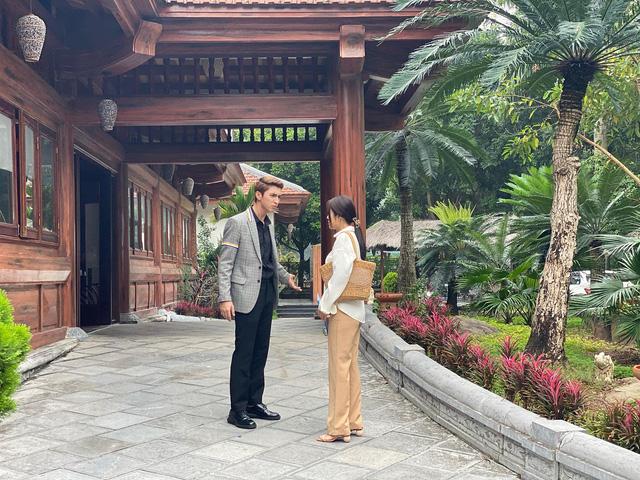 Ngắm những bộ cánh chanh sả của Huỳnh Hồng Loan, Bình An trong Tiệm ăn dì ghẻ - Ảnh 11.