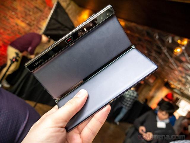 Huawei ra mắt smartphone màn hình gập Mate Xs giá 2.700 USD - Ảnh 3.