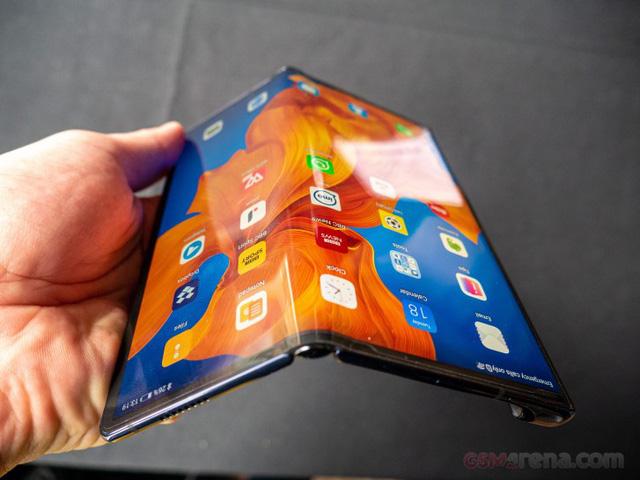 Huawei ra mắt smartphone màn hình gập Mate Xs giá 2.700 USD - Ảnh 2.