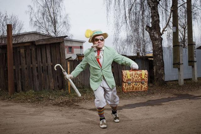 Cụ ông 73 tuổi trở thành biểu tượng thời trang - Ảnh 2.