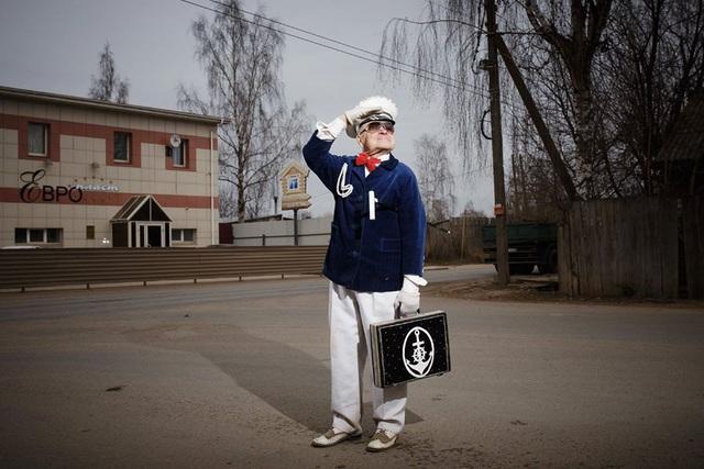 Cụ ông 73 tuổi trở thành biểu tượng thời trang - Ảnh 4.
