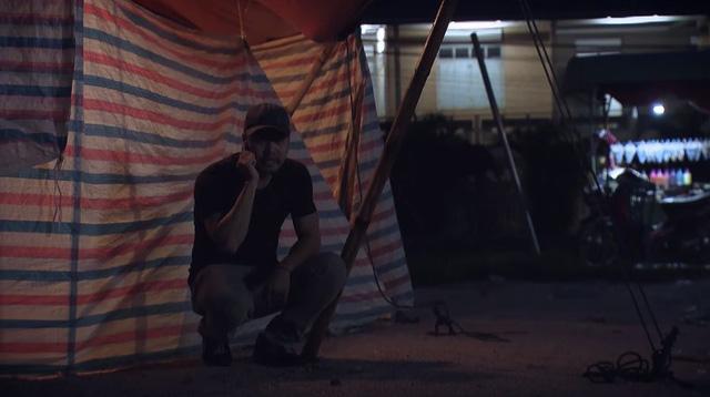 Sinh tử - Tập 72: Dụ Hoàng lộ diện, Mai Hồng Vũ sai đàn ép bắt giữ vợ con Hoàng? - ảnh 1