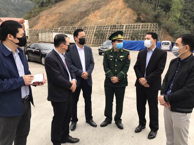 Đối phó dịch COVID-19: Đề xuất giảm giá BOT mở đường cho nông sản Việt - Ảnh 2.
