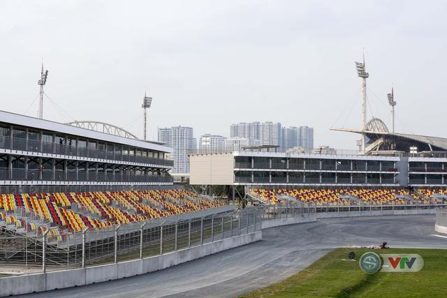 ẢNH: Toàn cảnh trường đua F1 Việt Nam Grand Prix - Ảnh 4.