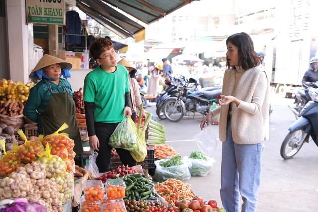 Ẩm thực kỳ thú: Trương Thanh Long, Mạc Văn Khoa thay nhau kiếm chuyện với Phát La - Ảnh 6.